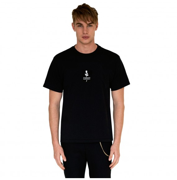 Black t-shirt rose embroidery